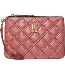 marc jacobs the quilted softshot wristlet pouch - pink