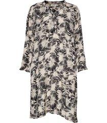 nita dress knälång klänning multi/mönstrad masai
