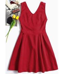 rojo v cuello vestidos de patinadora con espalda bowkont