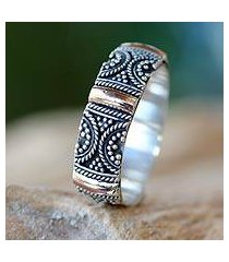 gold accent band ring, 'sands of time' (indonesia)