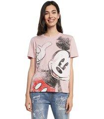 camiseta rosado-negro-blanco desigual