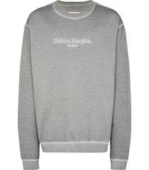 maison margiela resin dye logo sweatshirt - grey