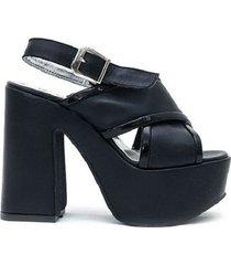 sandalia negra paloma cruz trixie