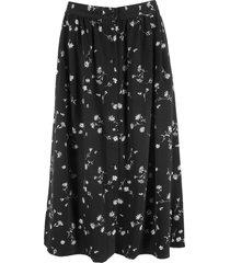 kjol med knappslå