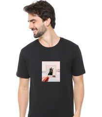 camiseta sandro clothing photograph preto - preto - masculino - dafiti