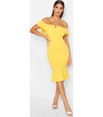 off the shoulder v bar ruffle hem midi dress, yellow