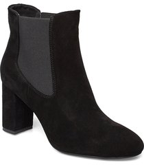 maddie chelsea s shoes boots ankle boots ankle boots with heel svart shoe the bear