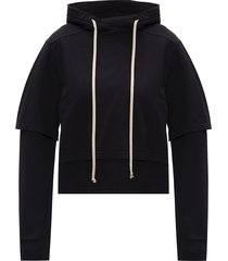 hoodie with t-shirt