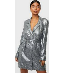 nly trend fabulous sequin suit dress paljettklänningar antracit