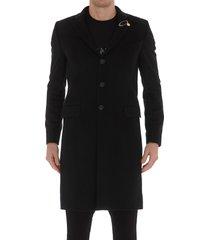 g brooch coat