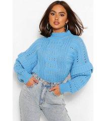 dikke gebreide trui met hoge hals en ruches, helderblauw