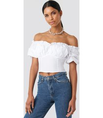 anna nooshin x na-kd off shoulder ruffle cup cropped blouse - white
