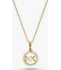 mk collana con ciondolo con logo e placcatura in metallo prezioso e pavé - oro (oro) - michael kors