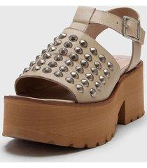 sandalia de cuero natural liotta