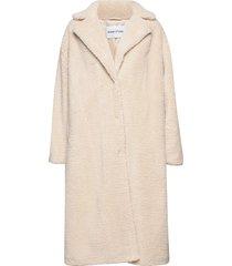 maria coat outerwear faux fur crème stand studio