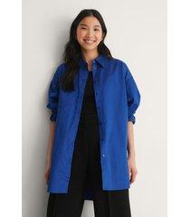 na-kd trend recycled oversize skjorta med ficka - blue