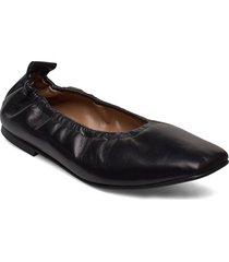 nadine black leather ballerinaskor ballerinas svart flattered