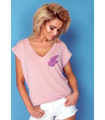 t-shirt z dekoltem lilac