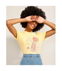 camiseta de algodão tigre e lua manga curta decote redondo amarelo