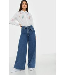 selected femme slflaura hw wide flare aim blue jea bootcut & flare