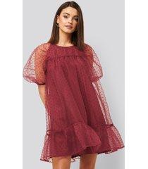 na-kd boho dobby organza mini dress - burgundy