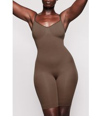 women's skims sculpting seamless mid-thigh bodysuit, size xx-small/x-small - brown