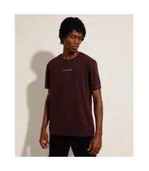 """camiseta de algodão marmorizada try new adventure"""" manga curta gola careca vinho"""""""