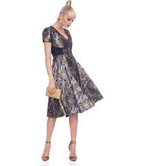 sukienka clos w kwiatowy wzór