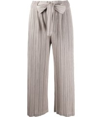 pleats please issey miyake cropped micro-pleated trousers - neutrals