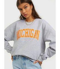 missguided graphic sweatshirt sweatshirts