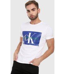 camiseta blanco-azul calvin klein