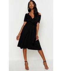 cold shoulder ruffle belted midi dress, black