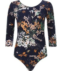 body azul floral color azul, talla 6