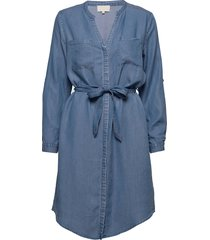 danja shirt dress knälång klänning blå minus
