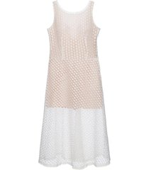 vestido macacão em renda off white