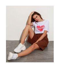 "t-shirt de algodão heartbreaker"" manga curta decote redondo mindset off white"""