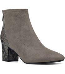 bandolino louna women's block heel bootie women's shoes