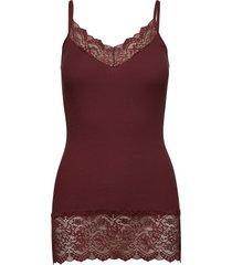 organic strap top medium w/ lace t-shirts & tops sleeveless röd rosemunde