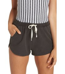 women's billabong 'road trippin' shorts, size x-large - black