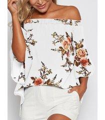 blusa con hombros descubiertos y estampado floral al azar en blanco