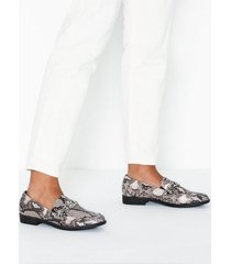 duffy chain loafer loafers