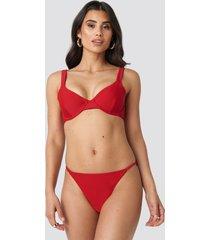 na-kd swimwear high leg thin strap bikini briefs - red