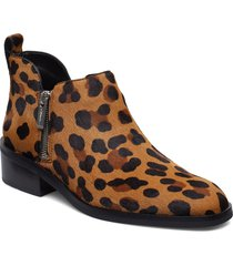 alexa - 40mm ankle boot shoes boots ankle boots ankle boot - flat brun 3.1 phillip lim