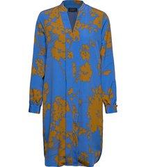 slfjade-dynella ls aop short dress b jurk knielengte blauw selected femme