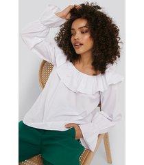 na-kd boho frilled wide neck blouse - white