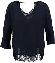 vero moda donkerblauw viscose shirt met kant 3/4 mouw