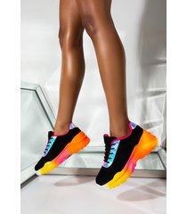 akira cape robbin double take sneaker