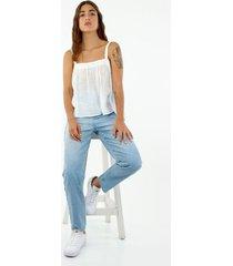 camisa de mujer, silueta amplia con cuello cuadrado de tiras, color blanco
