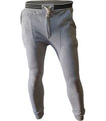 pantalón gris i can do chupin
