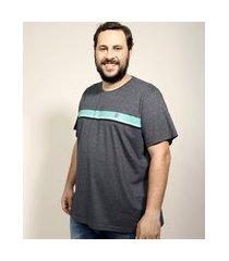 camiseta masculina plus size com listras manga curta gola careca cinza mescla escuro